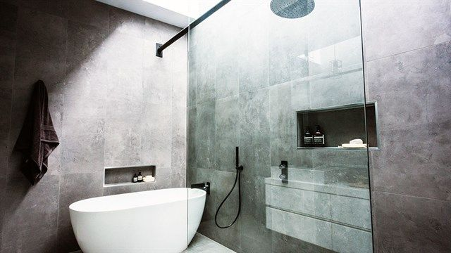 10 Tips To Make Your Bathroom Look Bigger Tilejunket