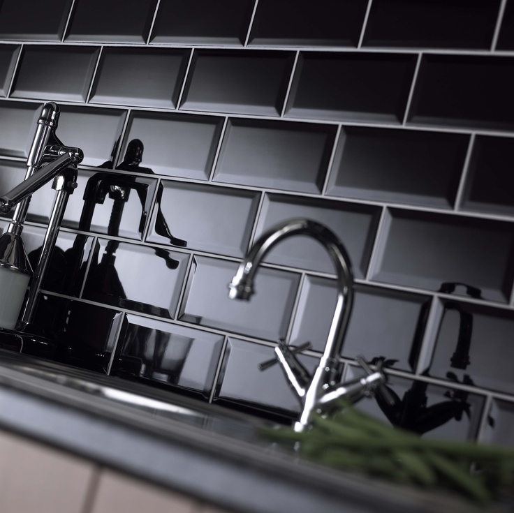 Black Gloss Kitchen Floor Tiles: 10 Inspiring Ways To Use Subway Tiles In Your Home