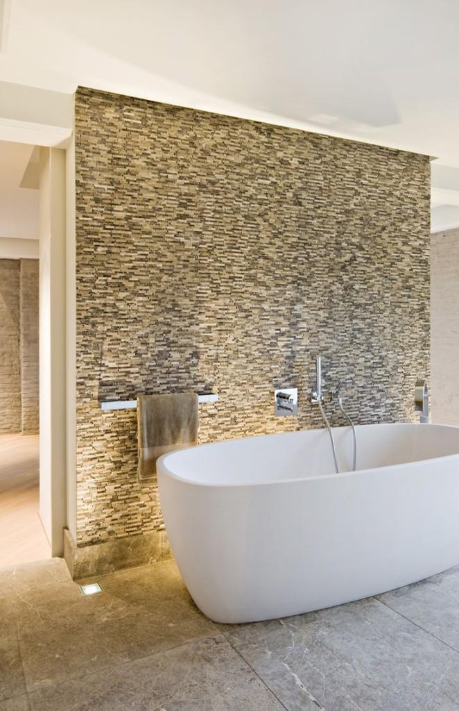 Bath Tub Feature Walls | TILEjunket