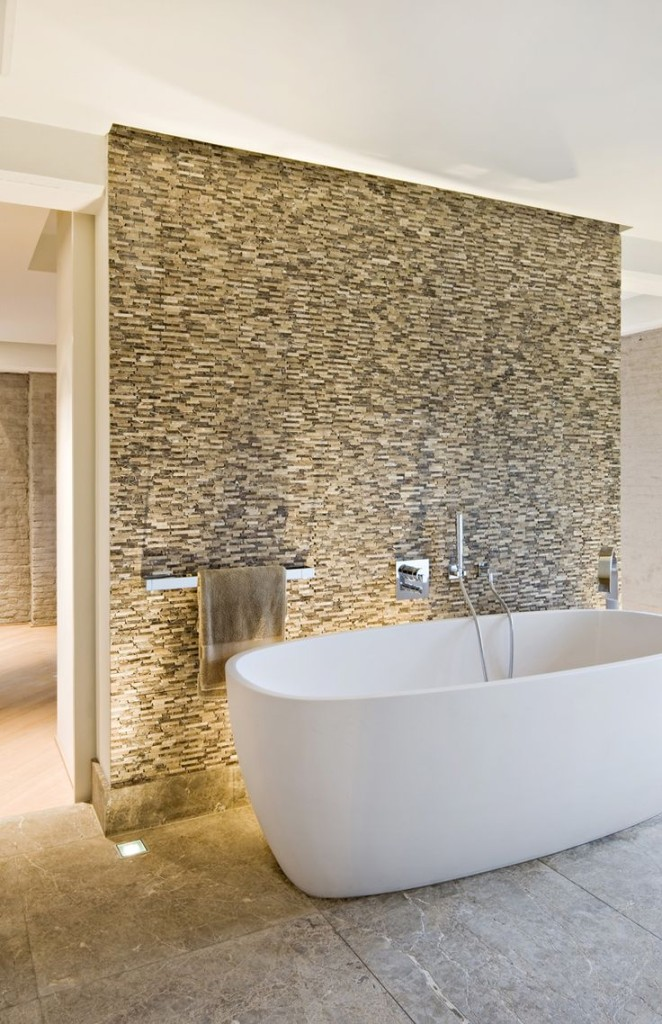 Bath Tub Feature Walls | TILEjunket